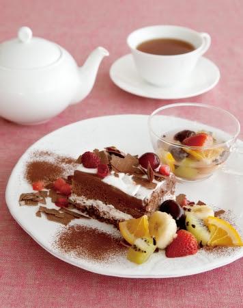 ウィンター フルーツチョコレートケーキ