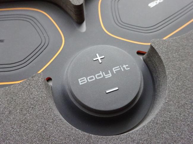 SIXPAD (シックスパッド)Body Fit電源ボタン