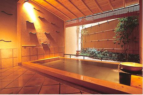 瑠璃光 貸切露天風呂