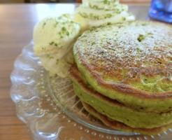 鎌倉 カフェ坂の下 抹茶パンケーキ